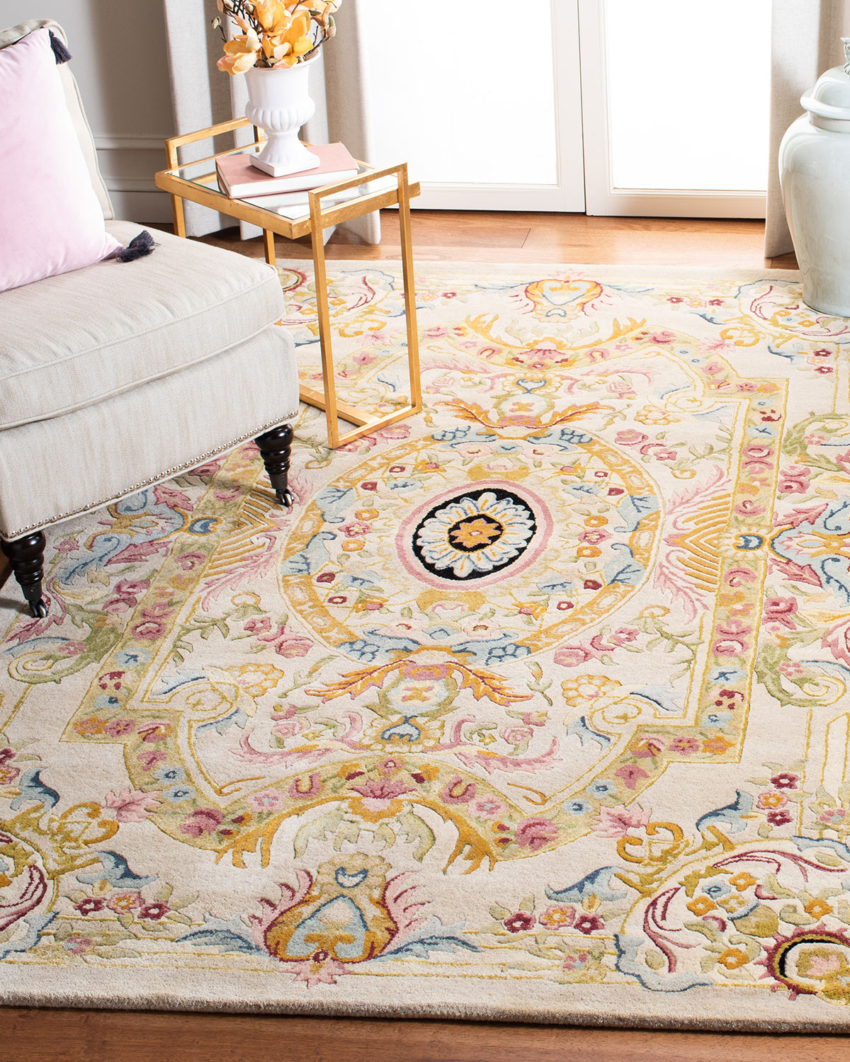 Feather Medallion Rug, 3' x 5' Product Image