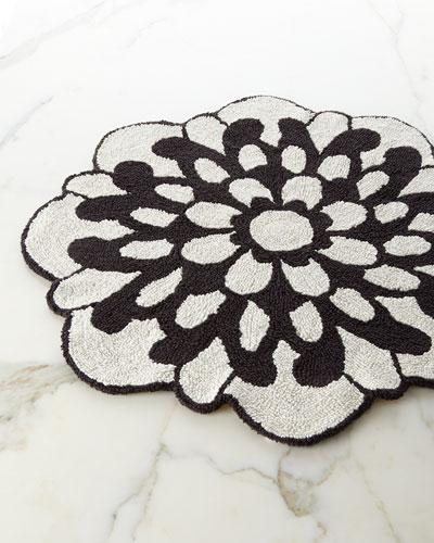 Otil Reversible Flower-Shaped Bath Rug