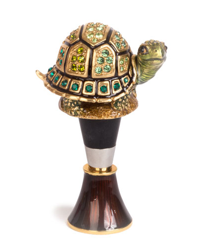 Evan Turtle Wine Stopper Stand