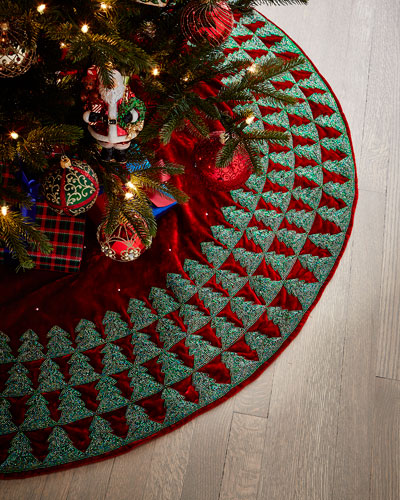 Elegant Christmas Tree Skirts.Elegant Christmas Decor Horchow Com