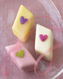 Horchow Sweetheart Petits Fours