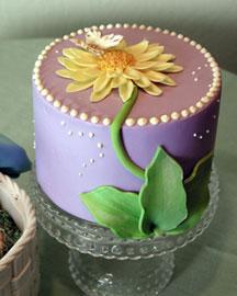 Horchow Daisy Delight Cake