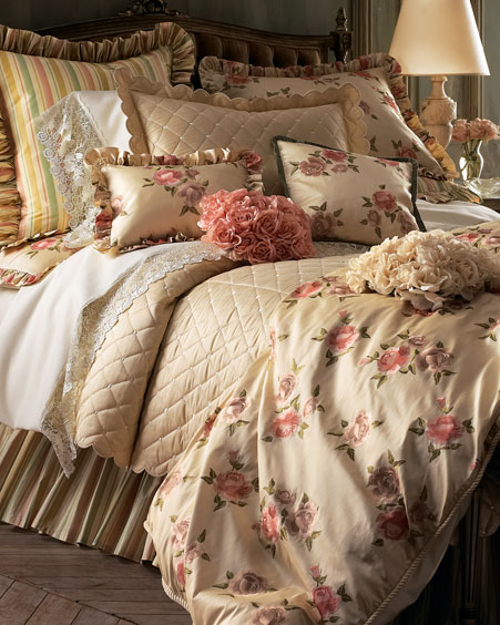 مفارش سرير للعروسين